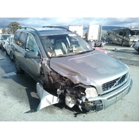 2006 Volvo XC90 gold 2.5 automatic damaged right front for parts