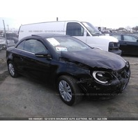 2009 Volkswagen Eos black 2.0t 5 speed damaged front for parts