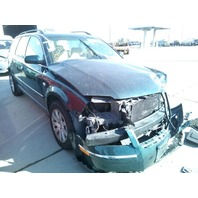 2002 Volkswagen Passat 1.8t 5 speed green damaged front for parts