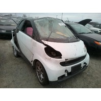 2009 Smart Fortwo white automatic rollover damage for parts