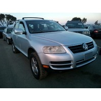 2005 Volkswagen Touareg silver 3.2 theft recovery for parts