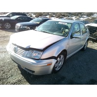 2001 Volkswagen Jetta GLX silver VR6 damaged right front for parts