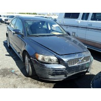 2007 Volvo S40 2.4 sedan blue damaged left front for parts