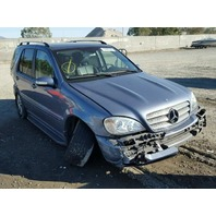 2005 Mercedes ML350 silver 3.7 automatic damaged left and right side for parts