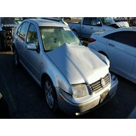 2001 Volkswagen Jetta GLX VR6 automatic damaged left side for parts
