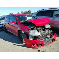 2008 Volkswagen Gti red 2 door 2.0t damaged front for parts