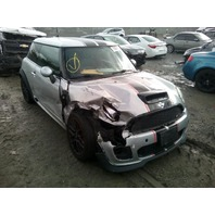 2009 Mini Cooper JCW John Cooper Works damaged right front for parts