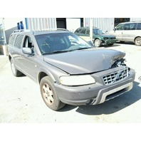 2005 Volvo XC70 2.5 all wheel drive grey damaged left front for parts