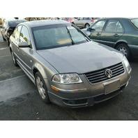 2002 Volkswagen Passat sedan grey 2.8 automatic mechanical damage for parts