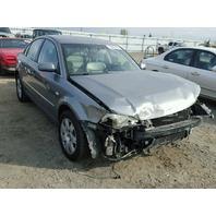 2003 Volkswagen Passat 4 motion 2.8 damaged front for parts