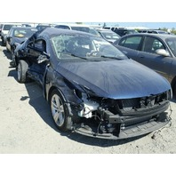 2013 Volkswagen CC damaged right side 2.0t automatic for parts