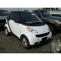 2009 Smart Fortwo white automatic damaged left rear for parts