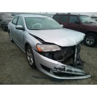 2014 Volkswagen Passat Se 1.8t silver damaged left front for parts