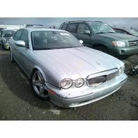 2006 Jaguar XJ8L silver left front damage for parts