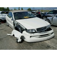 2002 Volvo C70 convertible white damaged front for parts