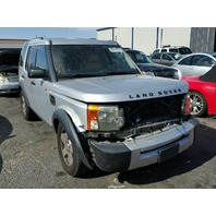 2005 Land Rover LR3 silver damaged front for parts
