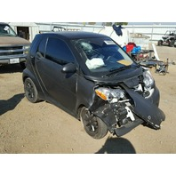 2009 Smart Fortwo black damaged front for parts
