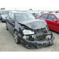 2009 Volkswagen Gti 2.0t black damaged front for parts
