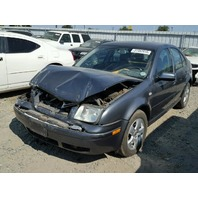 2003 Volkswagen Jetta 1.9 tdi grey damaged front for parts