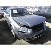 2007 Audi A4 sedan 3.2 grey damaged front for parts