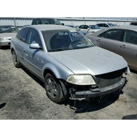 2003 Volkswagen Passat sedan 1.8t auto silver damaged left front for parts