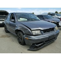 2004 Volkswagen Jetta 1.8t automatic grey damaged front for parts