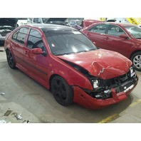 2005 Volkswagen Jetta Gli red damaged front for parts