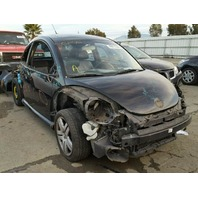 2004 Volkswagen Beetle Turbo S damaged front and rear for parts