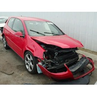 2009 Volkswagen Gti red damaged front for parts