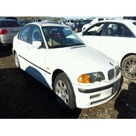 1999 Bmw 323i 4dr white hit left rear for parts