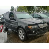 2006 BMW X5 4.4 black damaged rear for parts