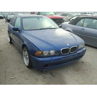 2003 Bmw 525i blue hit left rear for parts