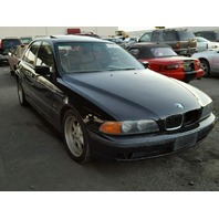 1998 BMW 540I black damage rear for parts