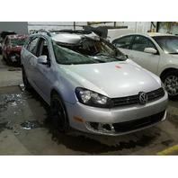2010 Volkswagen Jetta 2.0 tdi wagon silver hit left front for parts