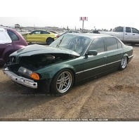 1998 Bmw 740i green hit right front for parts