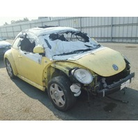 2000 Volkswagen Beetle 2.0 5spd yellow interior fire for parts