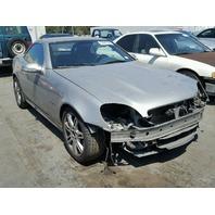 2002 Mercedes SLK230 CONV 2DR/WHITE FRONT DAMAGED FOR PARTS