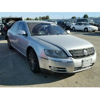 2005 Volkswagen Phaeton silver damage left rear for parts