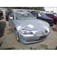 2011 Bmw 550i silver damage front and roof for parts