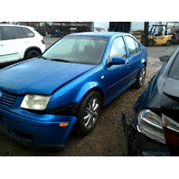 2001 Volkswagen Jetta blue 2.8 vr6 damage front for parts