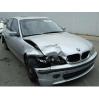 2003 BMW 330ci 4dr silver rear ended for parts