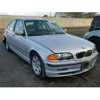 2000 BMW 328i Sedan Silver Damaged Rear