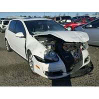 2008 VOLKSWAGEN GOLF HTBK 4DR/WHITE FRONT DAMEGED FOR PARTS