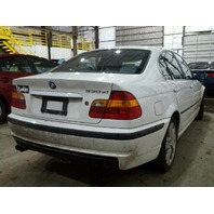 2002 330XI BMW SDN 4DR/WHITE FOR PARTS