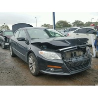 2010 Volkswagen CC 2.0 black damage front for parts