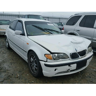 2003 BMW 330I SEDAN WHITE FOR PARTS