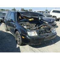 2003 Volkswagen Jetta Station Wagon Black Damaged Front