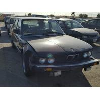 1988 BMW 528e Black Sedan Damaged Right Front