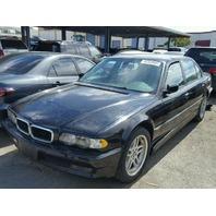 2001 BMW 740iL, black, vandalized