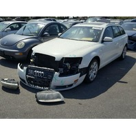 2006 Audi A6, SW, 3.2, Awd, white, hit front